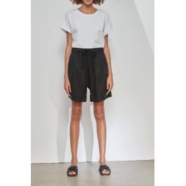Tirelli classic shorts in linen - black