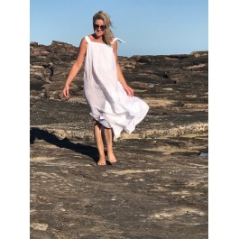 Maxi dress - White woven linen