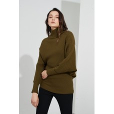 Ribbed Turtle Neck Knit - Moss